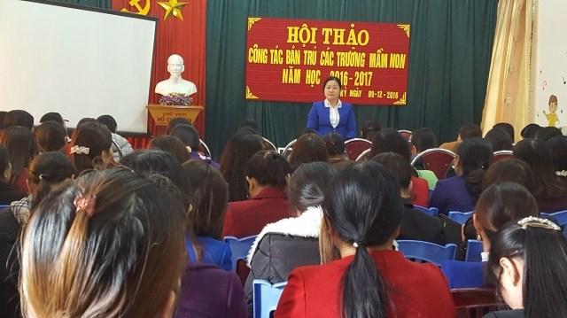 Đồng chí Nguyễn Thị Hương- Phó trưởng phòng GD&ĐT khai mạc Hội nghị